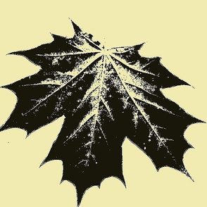 yellow maple leaf large