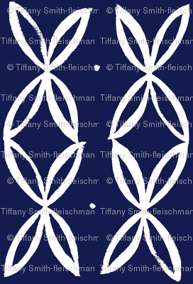 four leaf-white on midnight