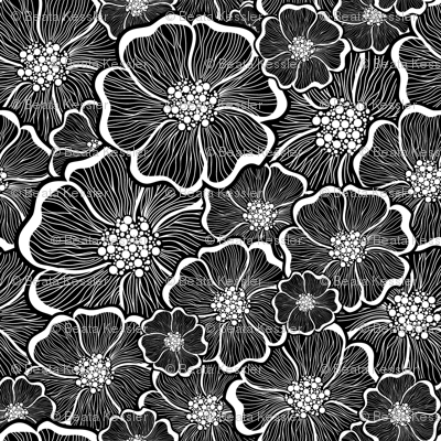 black_and_white_large_flower_power_24inch