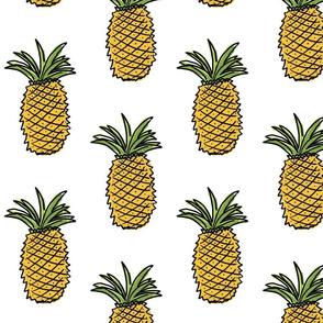 fruit basket: pineapple
