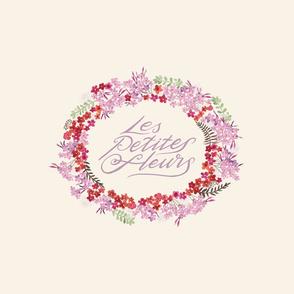 Les Petites Fleurs Wreath – Light