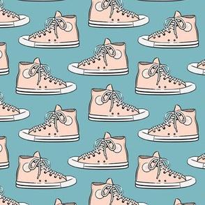 Retro Shoes - Blush on blue - Chucks
