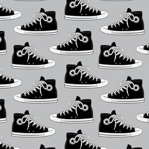 Retro Shoes - black on grey - Chucks