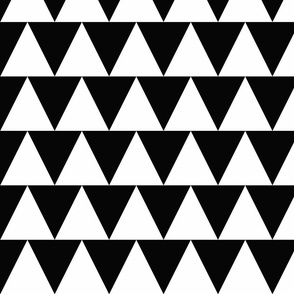 Triangles - black and white (large)