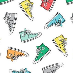 Retro Shoes - multi on white  toss - Chucks