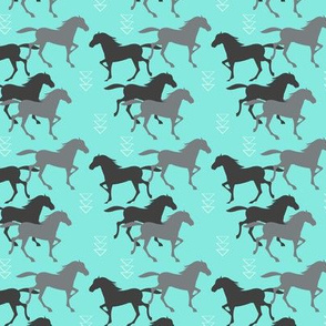 Wild horses Turquoise - Small scale