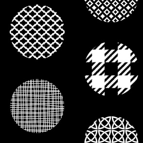 Ornament Dots black white jumbo size