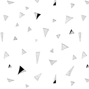 Triangle doodle - black and white