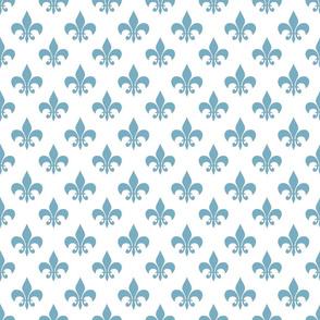 egg blue fleur de lis 3