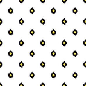 "8"" White Black and Yellow Print"