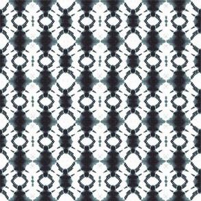 Shibori rotary in black and white