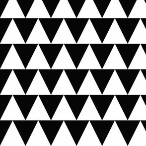 Triangles - black and white - medium