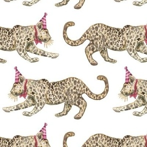 Party Leopards Alternating red/ tan