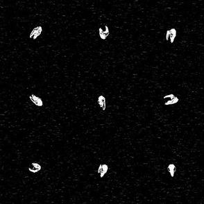 Animal Skull Dot Pattern