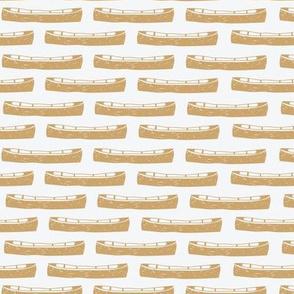 Canoe (mustard) MED
