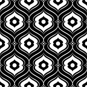 Double Quatrefoil - Black White
