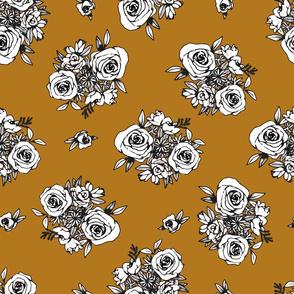 Gold Flower Pattern White Flowers