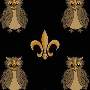 Fleur de lis Owl