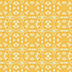Triangle geometric, gold, medium