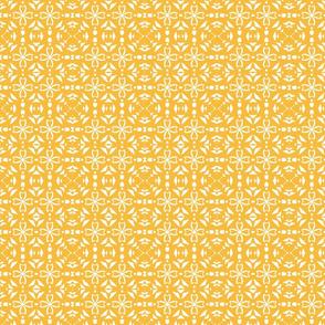 Triangle geometric, gold, small