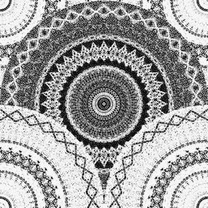 Medallion - black & white