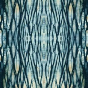 Dark Indigo Arashi Shibori Wave