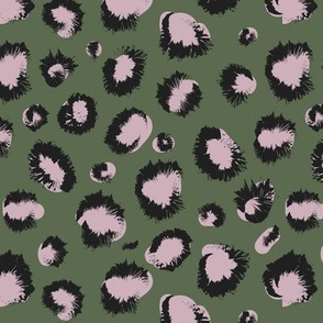 olive animal prnt