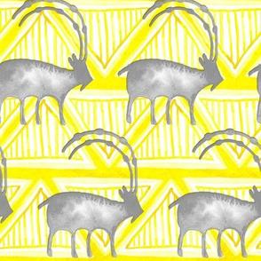 19-08ab Tribal Gray Goat Animal Yellow