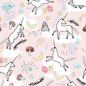 Unicorn Lullaby (blush) MED