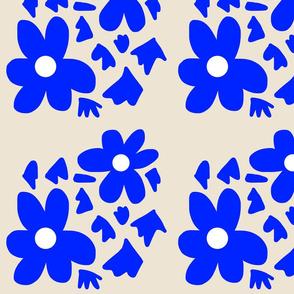 Daisy Stencil - blue on beige