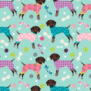german shorthaired pointer dog pajamas fabric // dog pajamas fabric, dog pyjamas fabric, cute pointer dog, gsp fabric, gsp dog, - mint and pink