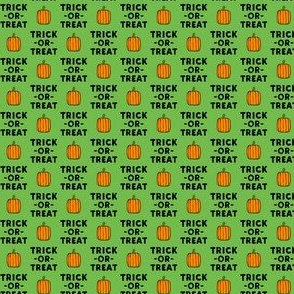 "(1/2"" scale) trick or treat - stack green - halloween - LAD19BS"