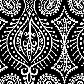 Marrakech - Paisley Black Large Scale