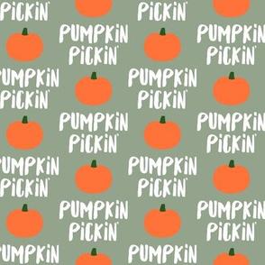 Pumpkin Pickin' - Sage - Fall - LAD19