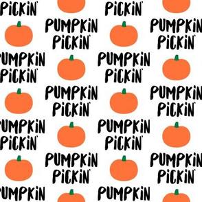 Pumpkin Pickin' -  Fall - LAD19