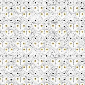 Owl Dot Pattern Small