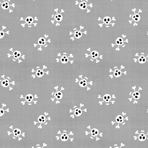 Skull & Crossbones // Grey