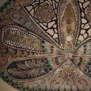 Queen Moth-er tan