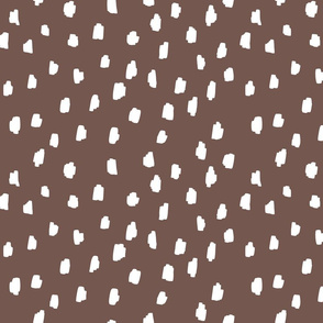medium // scattered marks white on rich chocolate brown