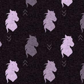 """2"""" Horse Head - Mauve/Lilac Linen"""