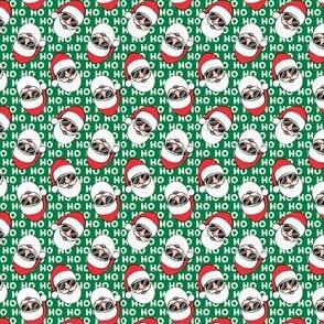 "(3/4"" scale) Santa Claus w/ sunnies - HO HO HO green toss - Christmas C19BS"