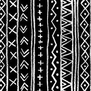 Chalk Tribal Stripe (black) Vertical