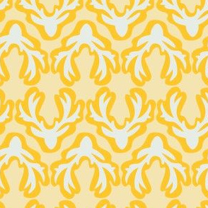 Antlers: silver yellow