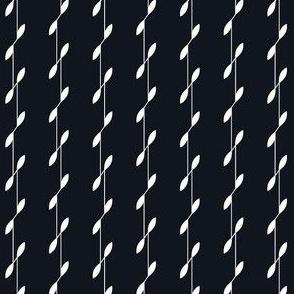 Linear Leaves - Black&White