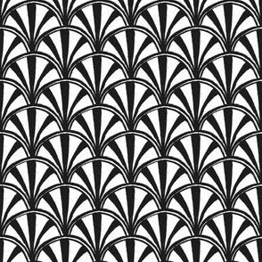 Scallop - monochrome