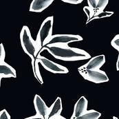 "Noir Floral Petals (20"")"