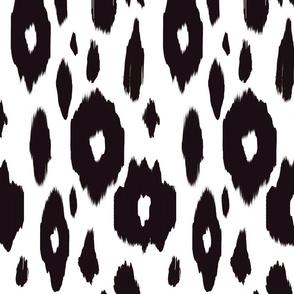 Black & White Scattered Ikat