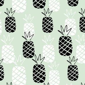 Pineapple hawaiian summer