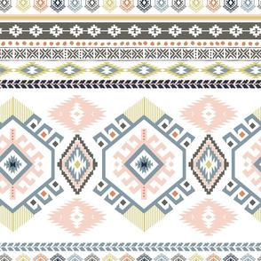 "18"" Serengeti Aztec Print"