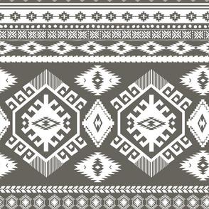 "18"" Tan Aztec Print"